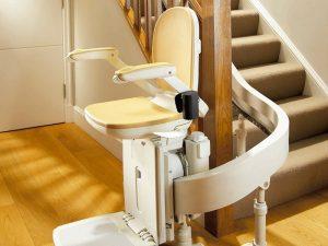 Instalacion de sillas salvaescaleras en Camas