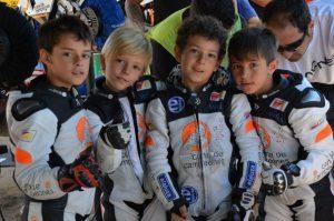 Elaluza patrocina el motociclismo infantil-IMG 29201 300x199